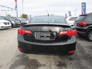 2013 Acura ILX Premium Package | LEATHER | ROOF | HEATED SEATS London Ontario image 6