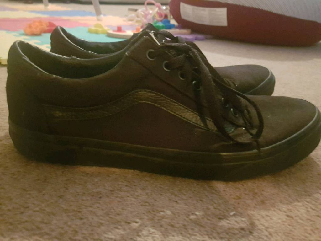 eec7b5be67 Vans Dawson ALL BLACK men s shoes. Size 10. Milton Keynes ...