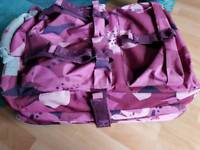 ROXY QUIKSILVER PINK HIBISCUS FLORAL TROLLEY CASE