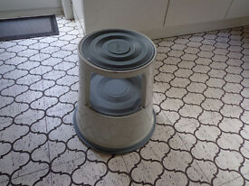 Stepping Stool with caster wheels