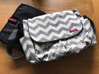 Skip hop baby change bag, grey chevron with change mat