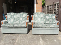 2 DOUBLE LOUNGE / CONSERVATORY SOFAS FOR SALE