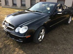 2007 Mercedes-Benz CLK-Class CONVERTABLE!! LEATHER !