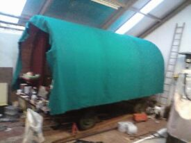 tractor or horse gypsie style caravan need finished,good project