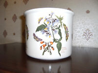 Plant Pot Holder (Flower design)