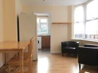 5 bedroom house with garden in Wood Green N22