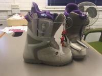Burton mint snowboard boots uk 5.5