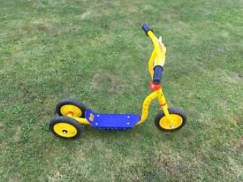 Bob the builder 3 wheel scooter
