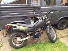 Yamaha TW125 Motorbike Olive / Black 125cc