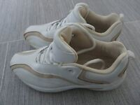 Ladies Golf shoes in Size 4 / 37