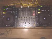 2xCDJ900 mint condition inc boxes + DJM600