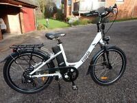 FreeGo electric bike little used and in excellent condition. Make light work of the hills!