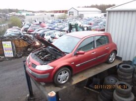Renault Megane Privilege DCI 120 1.9 2003 breaking for spares Wheel Nut.