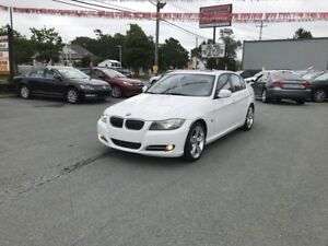 2011 BMW 335i xDrive(Sport package - Saddle brown leather)