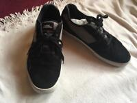 No fare men's trainers black size 11 used £5