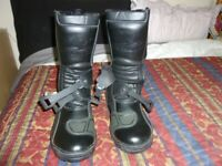 RST MOTORCYCLE BOOTS, NEW AND BOXED. NEVER USED, SIZE 46 (11 )