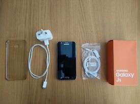 SAMSUNG Galaxy J5 (Black) Unlocked - Fantastic condition, boxed with accessories