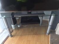 Glass tv stand will hold up to 50 inch excellent condition £30