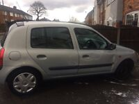 Renault Clio for sale Spares or repairs