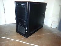 OLD QUAD CORE GAMING BASE 2.83GHZ / 500GB / 8GB / GeForce 9800 GX2 / WIN 8.1