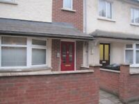 Two bedroom apartment off lisburn Road
