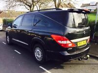 Ssangyong Rodius 2.7diesel mercedes engine.7 seater diesel automatic start and drive very well
