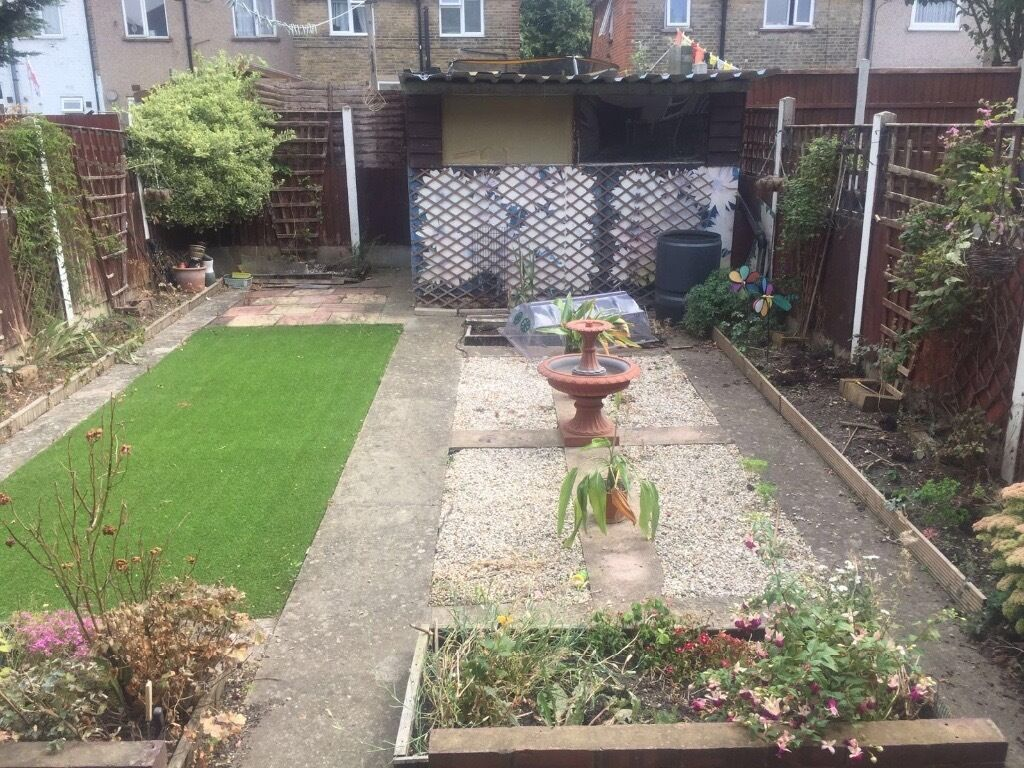 Very nice 4 bed house in seven kings/ Ilford-£1700