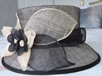 Ladies Hat in Black and Beige