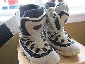 6 paires de bottes de planche : a partir de $30.00 West Island Greater Montréal image 2