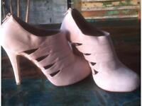 Georgous heels