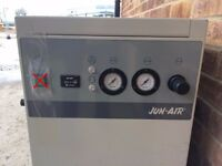 Jun Air Compressor 2000 25M