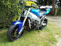 Kawasaki ZX ZXR ZX636R B1H 2003 YZF R1 2000 Front End Stunt Bike Streetfighter
