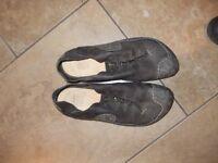 Clarks Active Air shoes - size 11