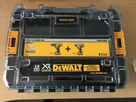 Dewalt DCK211D2T Carrying Case