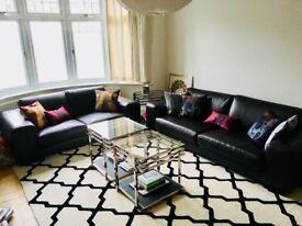 Rochebobois: 2 chocolate leather sofas