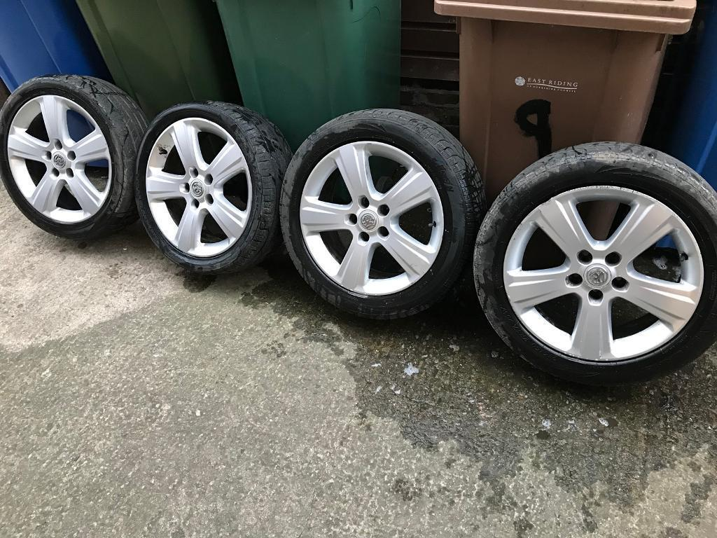 Vauxhall alloys 17inch needs new tyres