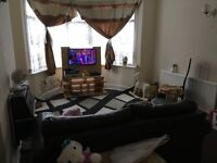 3 Bed House at South Park Drive, Ilford
