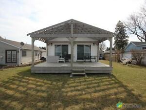 $379,999 - Bungalow for sale in Belle River