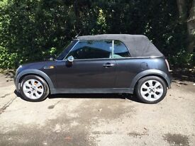 Mini Cooper Convertible 2004, very high spec.