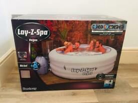 Lay Z Spa Vegas 6 Seater Hot Tub *BRAND NEW*