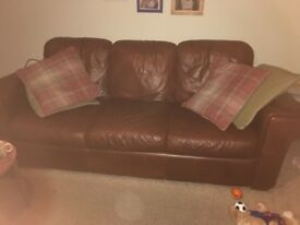 Brown leather 3 sweater and 2 seater sofas