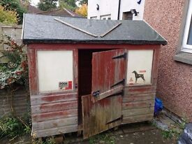 Free small shed / playhouse