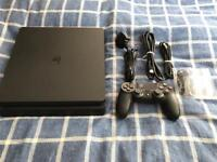 Sony PS4 500gb Slim Jet Black - Only 7 months olds - Immaculate