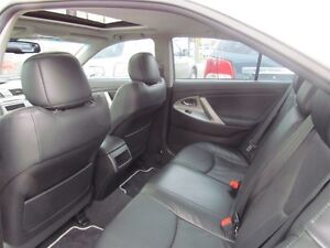 2011 Toyota Camry SE   LEATHER   ROOF   HEATED SEATS   1OWNER London Ontario image 14