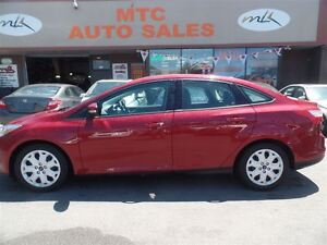 2014 Ford Focus SE, GREAT ON GAS