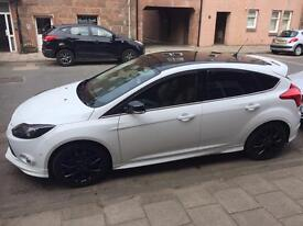 Ford Focus 1.6 eco boost Ztech S