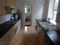 LOVELY STUDENT HOUSE TO RENT £950 PER MONTH