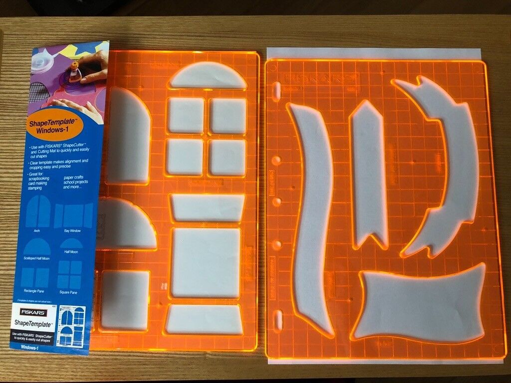 Fiskars Shape Cutter And Cutting Templates For Card Making