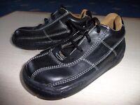 Boy's laced navy shoes John Rocha in size 25