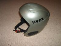 Ski Helmet Size Small 55-56 cms (measurement to be taken around forehead and above ears